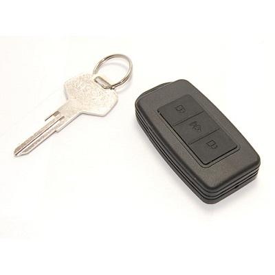 Скрита камера в ключодържател за кола с подслушвател
